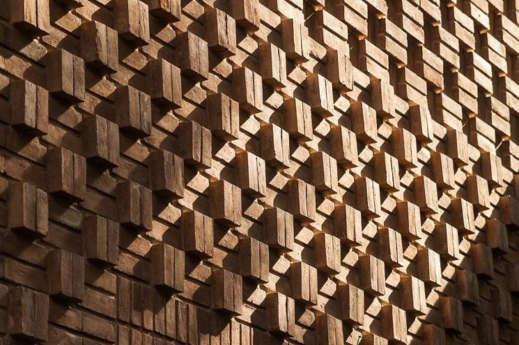 ساختمان مسکونی حقیقی / استودیوی معماری بوژگان 5