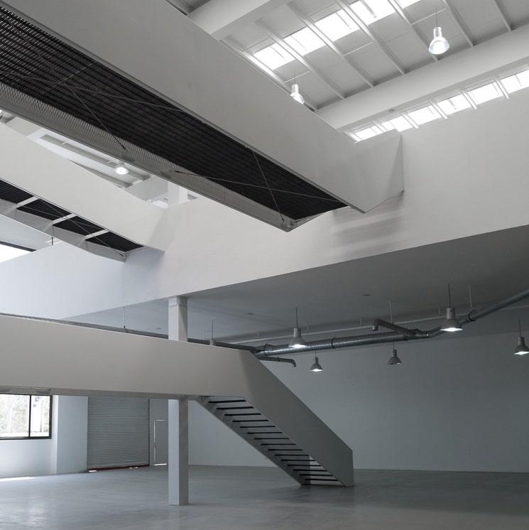 نمایشگاه و دفتر صنعتی آریو چوب 3