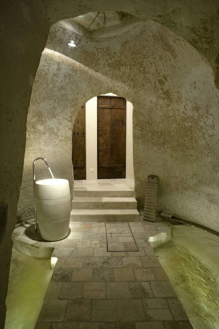 طراحی هتلی شبیه غار8