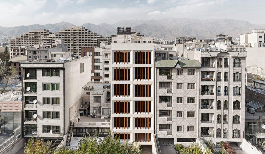 ساختمان دفتر تهران