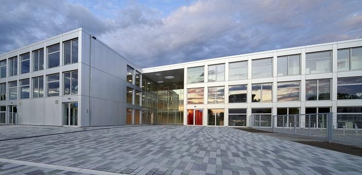 مدرسه متوسطه یکپارچه برلین1