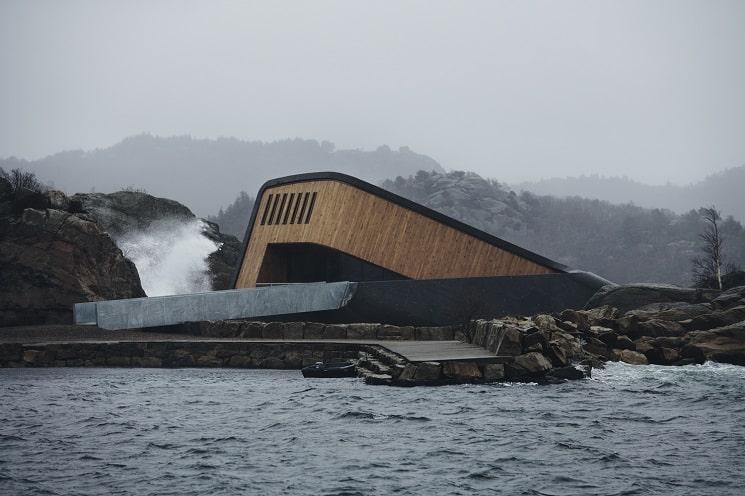 رستورانی زیر دریا در نروژ