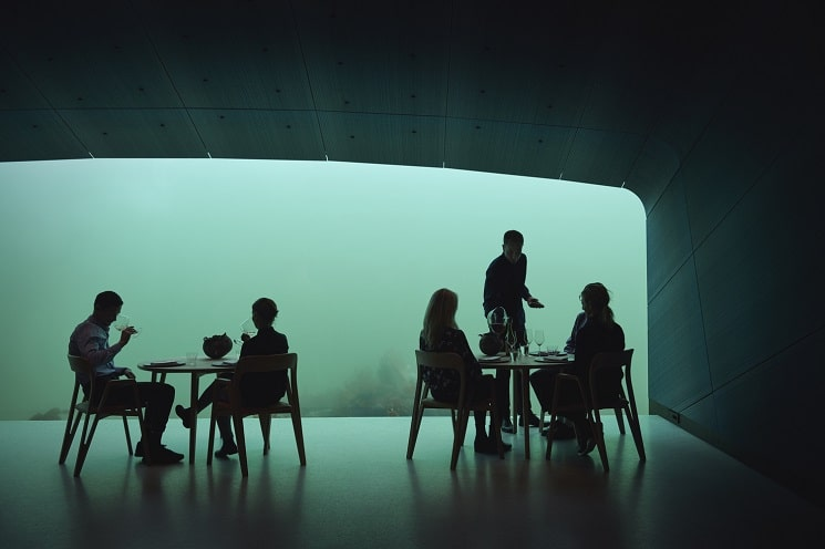 رستورانی زیر دریا در نروژ16
