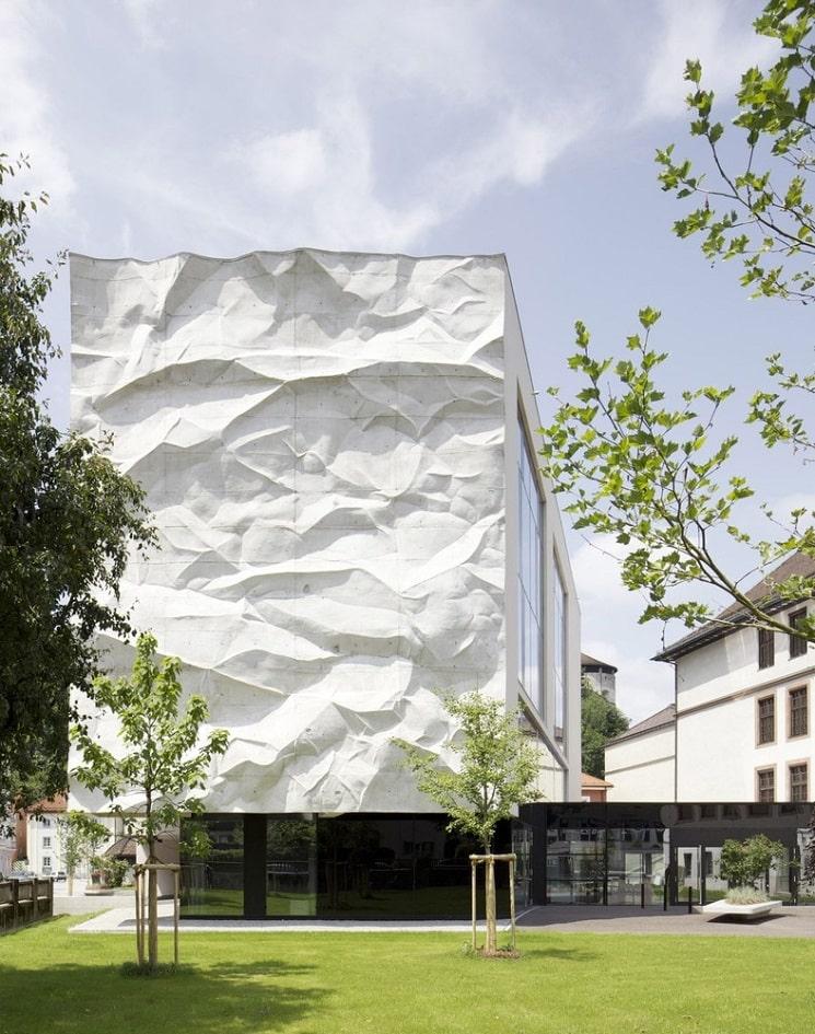 بازسازی دبیرستانی در اتریش با نمای جالب2