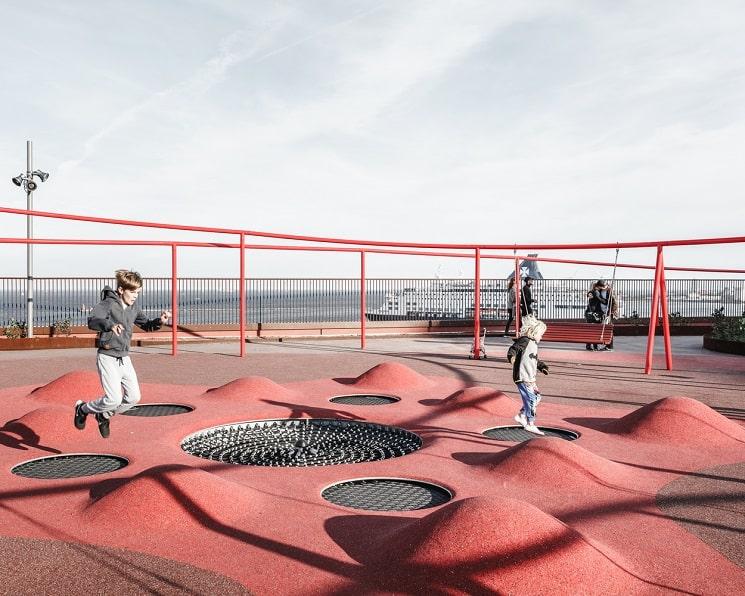 طراحی جالب فضای سبزدرپشت بام ساختمان10