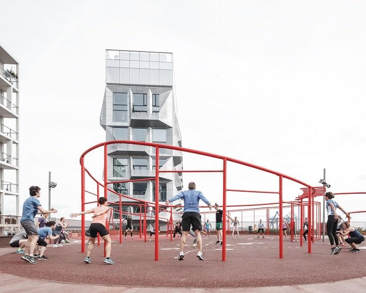 طراحی جالب فضای سبزدرپشت بام ساختمان12