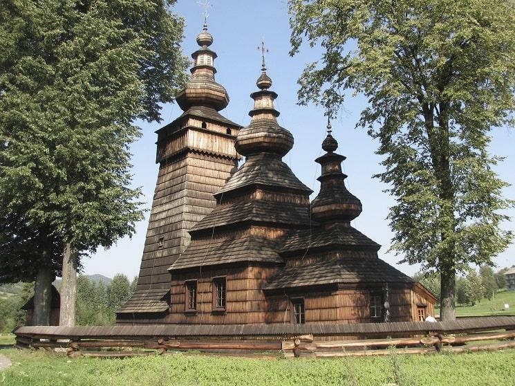 Tserkvas چوبی از منطقه کارپات (لهستان و اوکراین)