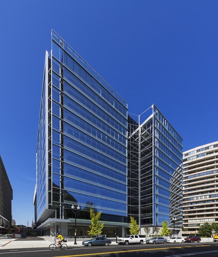 ساختمان اداری کریستال درایو8