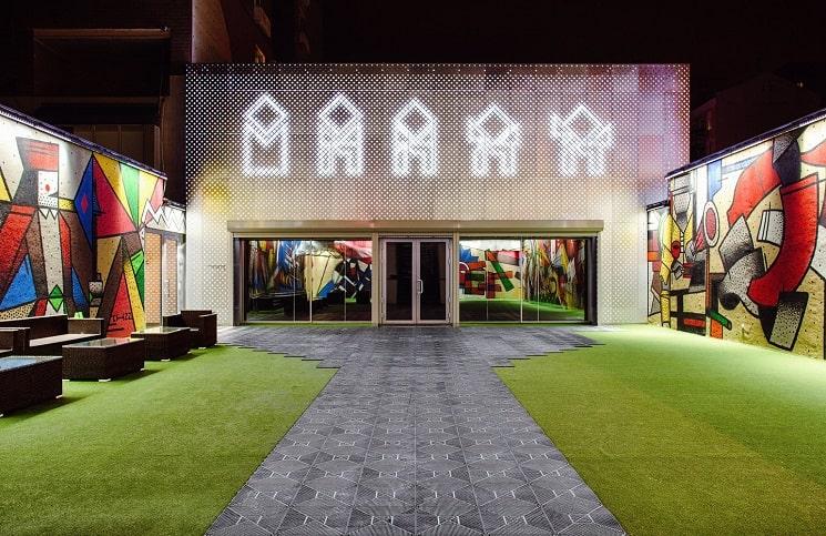 مرکز هنرهای معاصر M17-1