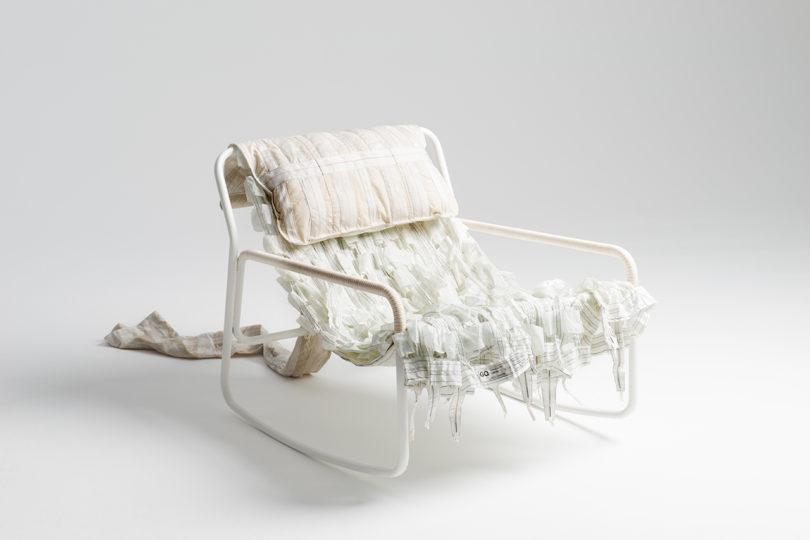 طراحی صندلی ها با استفاده از مواد بازیافتی چتر نجات-3