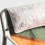 طراحی صندلی ها با استفاده از مواد بازیافتی چتر نجات-8